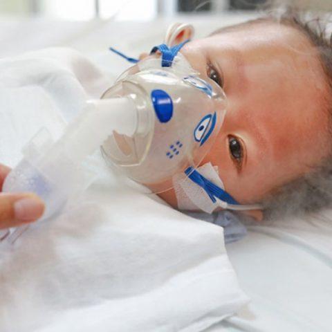 Đề phòng các bệnh hô hấp mùa đông ở trẻ nhỏ