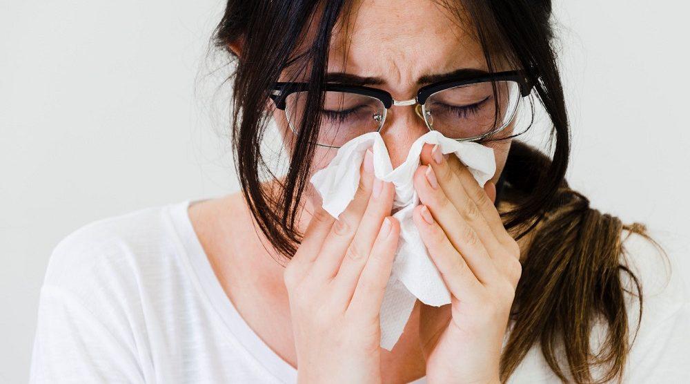 Dị ứng theo mùa: Triệu chứng, nguyên nhân và điều trị